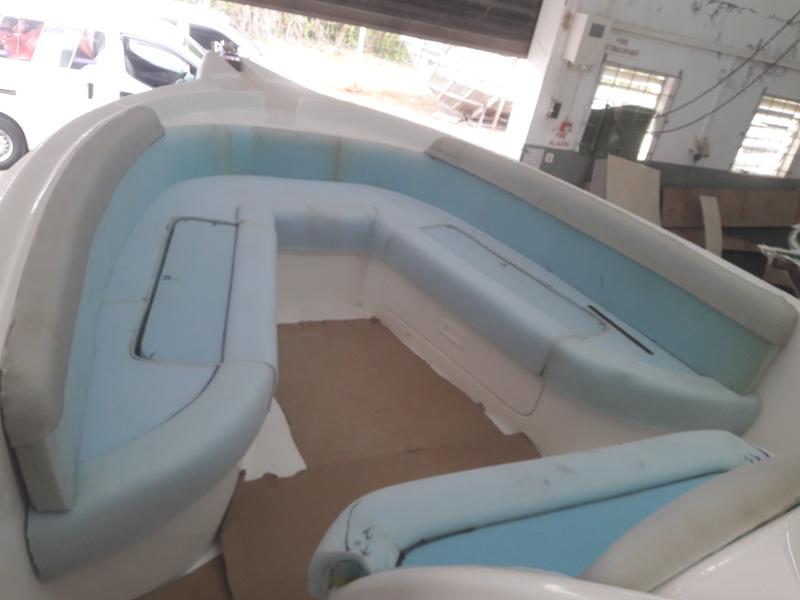 Foam adjustment for boat seats